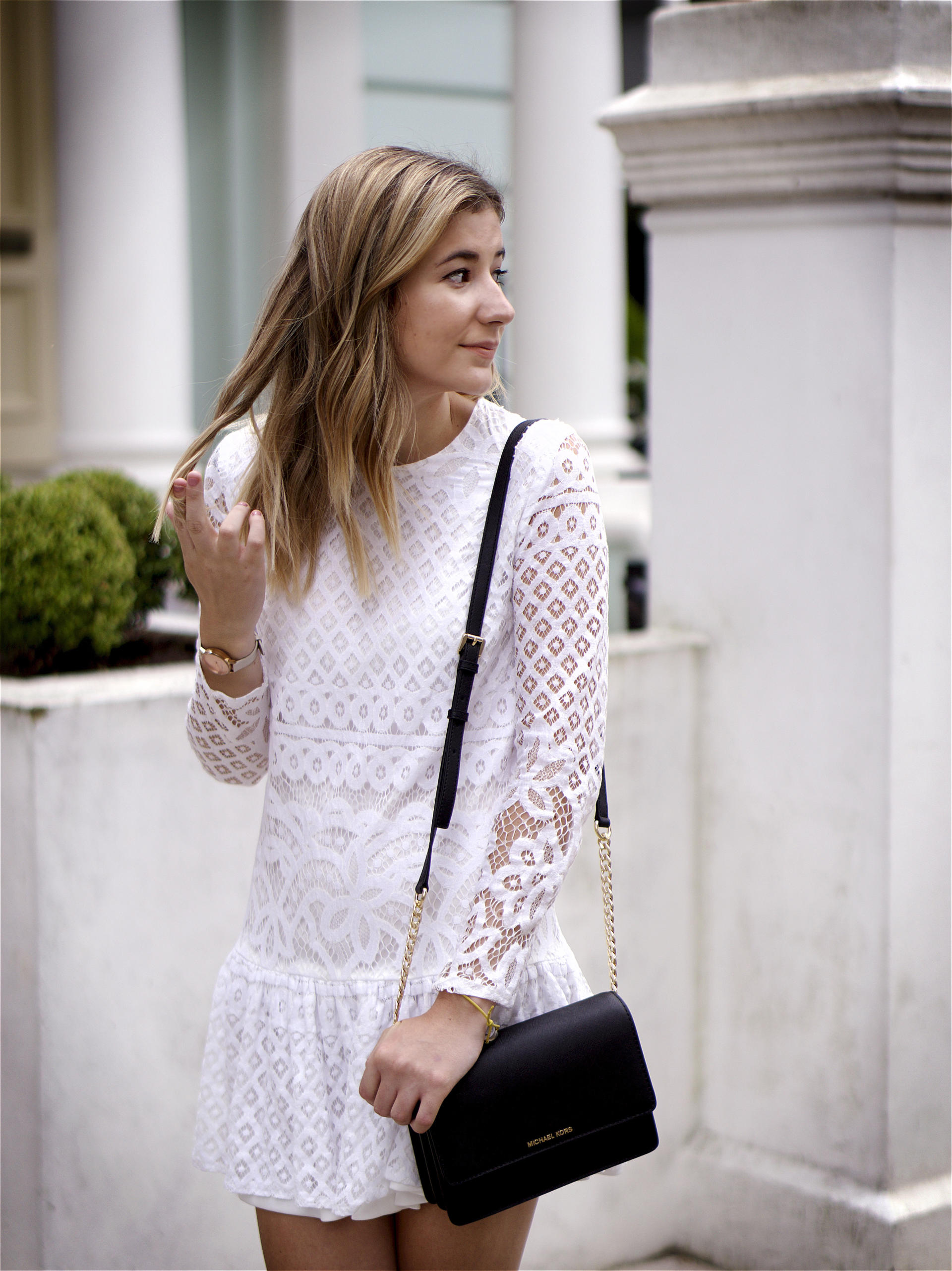 Perfect Lace Dress Missguided