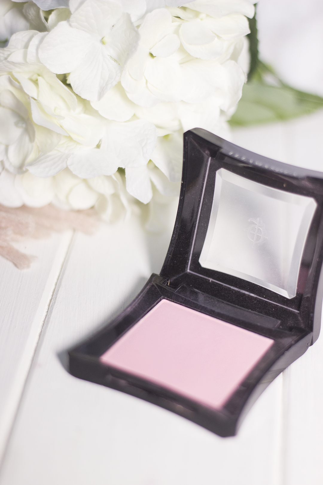 High End Beauty items Illamasqua Blusher